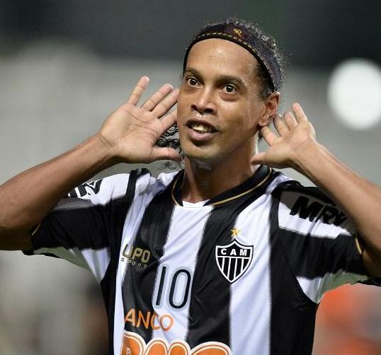 Ronaldinho al Querétaro
