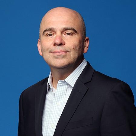 Alejandro Corona, columnista en InformaBTL