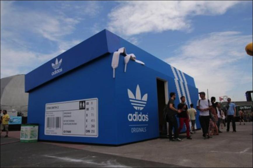 Pop-Up Store - Adidas
