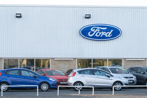 Ford da liquidacion a empleados de planta en SLP