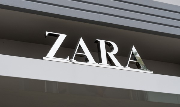 SANTA MONICA CA/USA - MAY 12 2016: Zara retail exterior and logo. Zara is a Spanish clothing and accessories retailer based in Arteixo Galicia.
