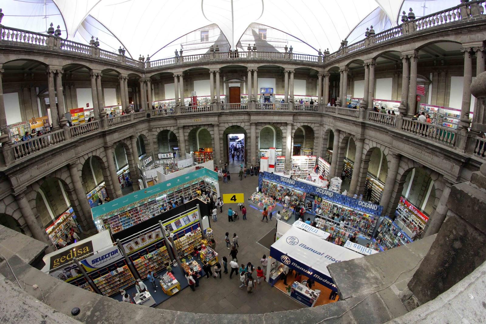 Feria del Palacio de Mineria 2017