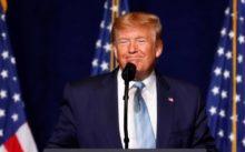 Donald Trump suspende la migración