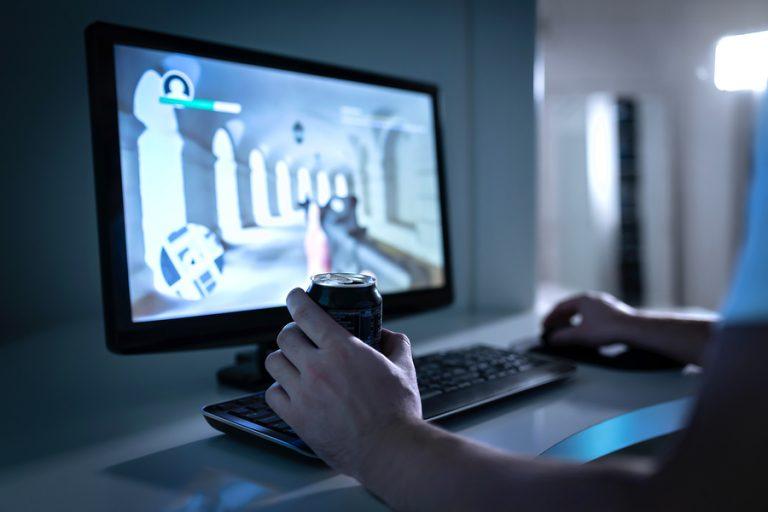 social gamming gamer